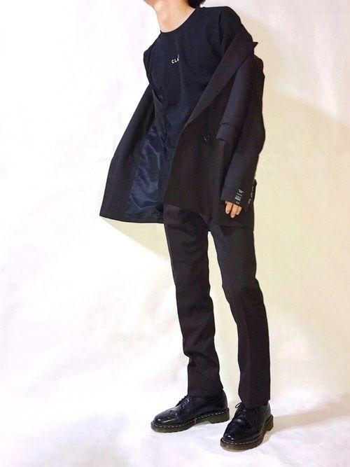 去年あまりセットアップ着なかったから今年は着たい。 ブラックに見えるけどブラウン🙃 Instag