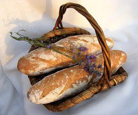 Julia Child séf, írótiszteletére ( 100 éve született ) a BBB kenyérsütő csajok ünnepi Háziasszonya Susan, ezt a kenyeret választot...