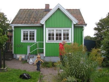 green little house...I would change the color to either a seafoam green or pink