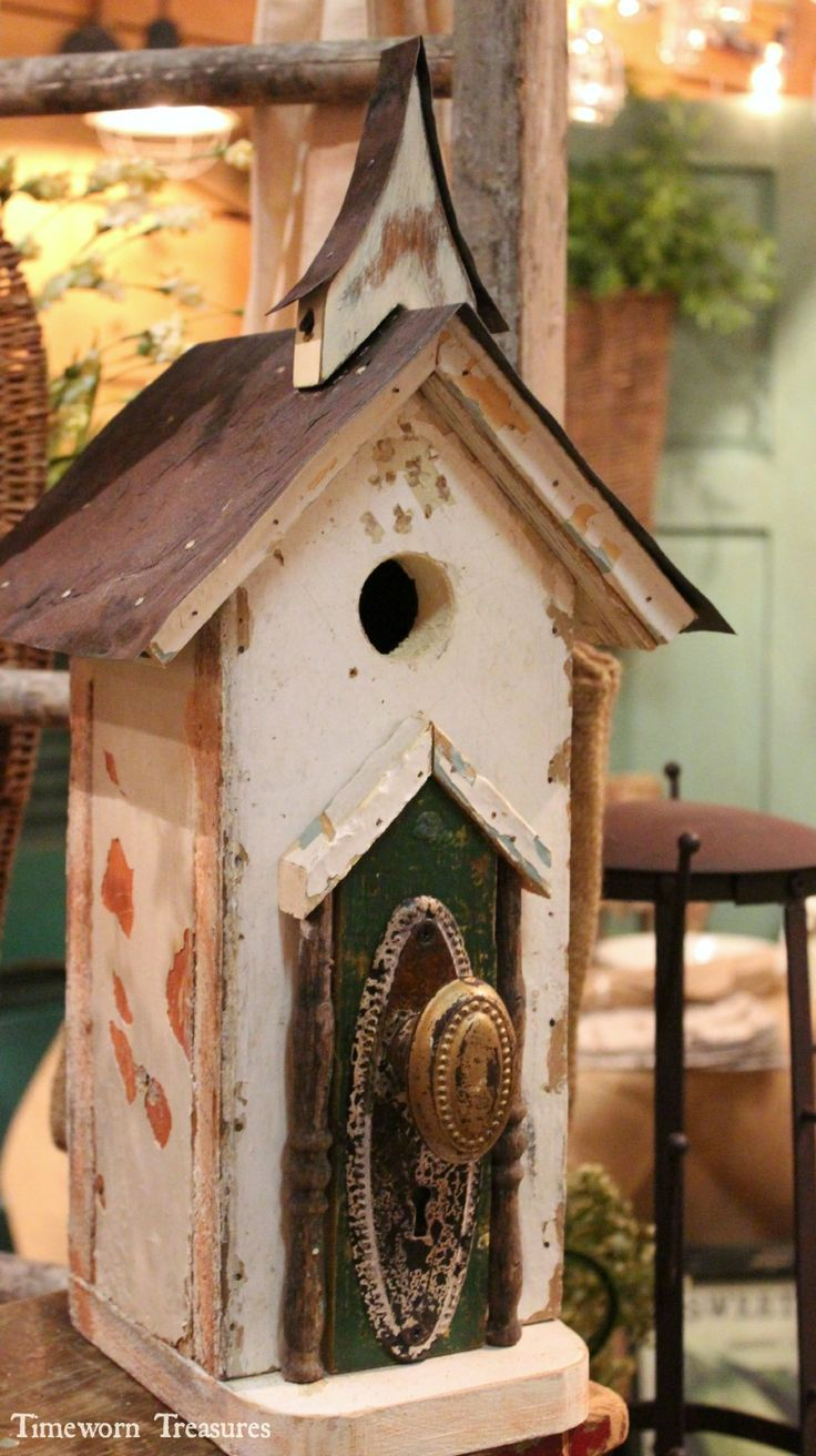 Locally handmade birdhouses made of 100% reclaimed pieces. Each birdhouse is one of a kind and has amazing character.