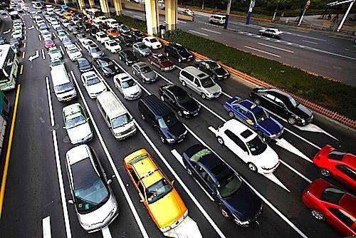 Il 2015 promette molto bene per il palladio che dovrebbe venir trascinato verso l'alto dal buon andamento delle vendite di automobili in tutto il mondo. Una sola cosa potrebbe rovinare la festa: gli altri metalli preziosi.