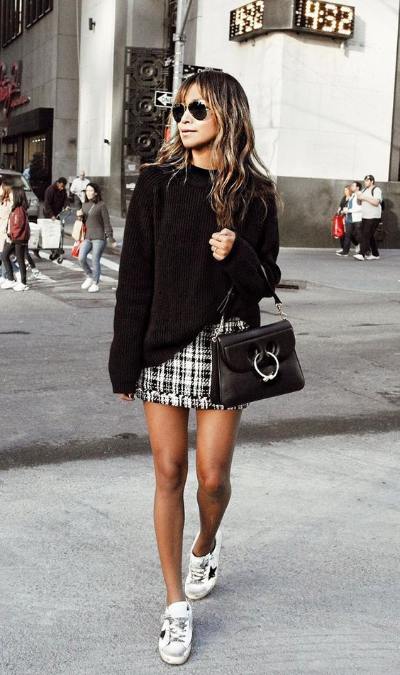 Sincerely Jules blogger in her trademark fall style