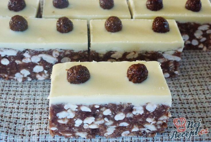 Tato sladká dobrota potřebuje pouze chlad, žádné pečení. Sušenky, burizony, čokoláda, ... Autor: Jaja79