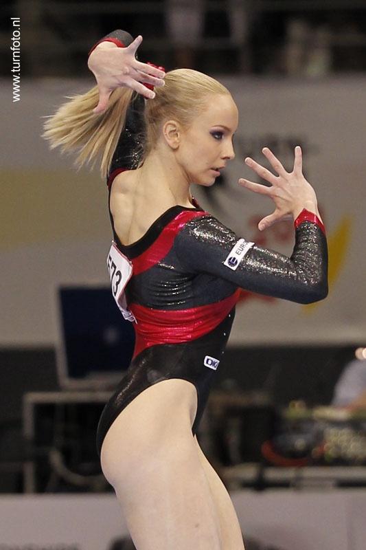 Sandra Raluca Izbasa - 2012 Euros Gold- Floor