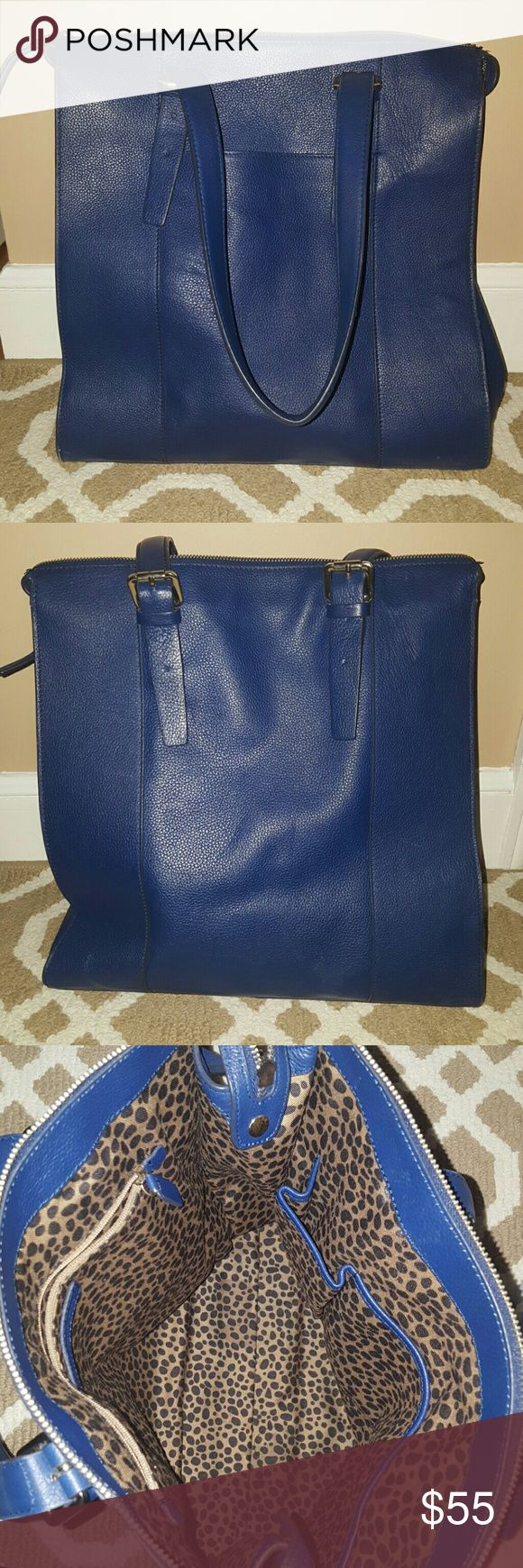 Banana Republic Large Handbag Navy Blue, large tote, shoulder bag, gold details such as zipper and buckles, gently used Banana Republic Bags Shoulder Bags
