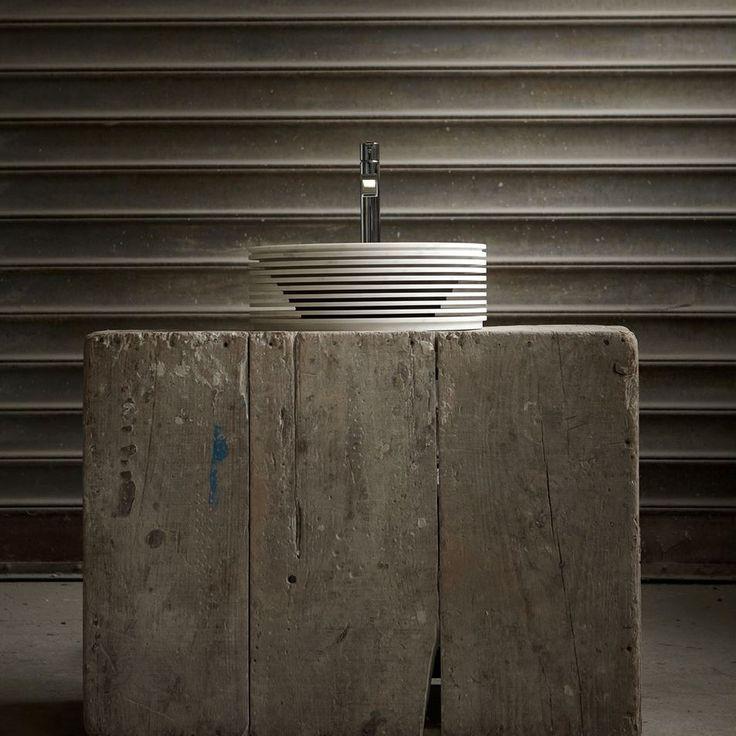 An Italian brand that creates marvels with marble, Antoniolupi. Mermer ile harikalar yaratan bir İtalyan markası, Antoniolupi.