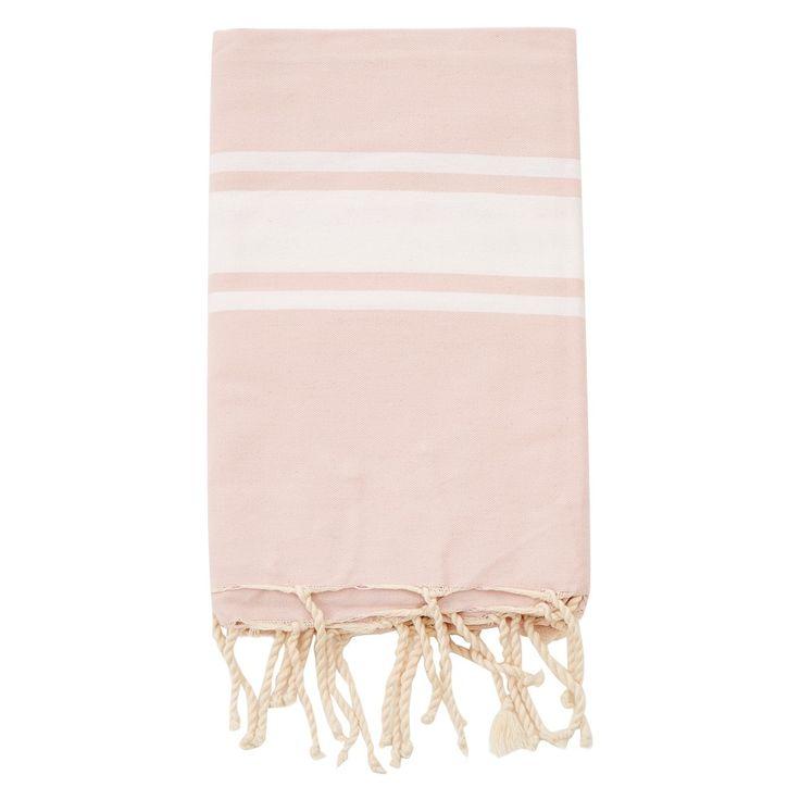 <p>Égayez votre salle de bains avec cette serviette à la belle teinte rose inspirée des bains turcs traditionnels.</p> <p></p>