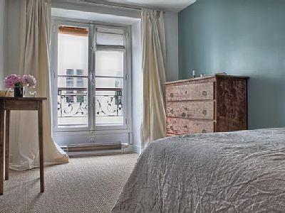 VRBO.com #595671 - Marais Haven! Quiet Courtyard 1 Bedroom Apartment, Get 15% Off from Nov - March