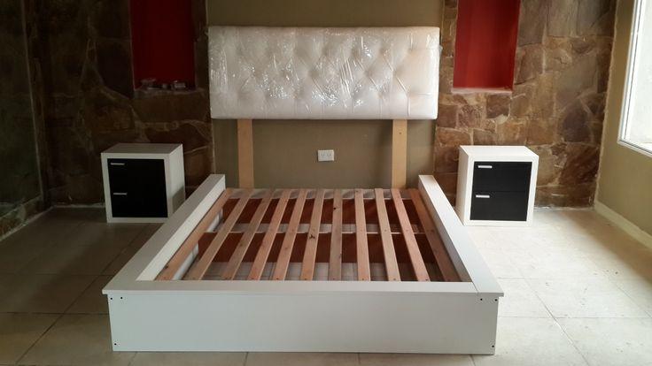 Juego De Dormitorio Moderno Minimalista - $ 9.300,00