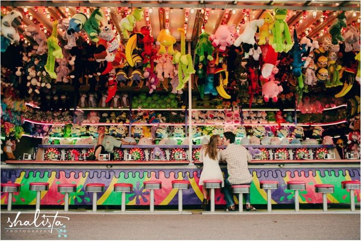 Cool carnival photo shoot, it would look great if all the friends werebshootinhnfor a toy