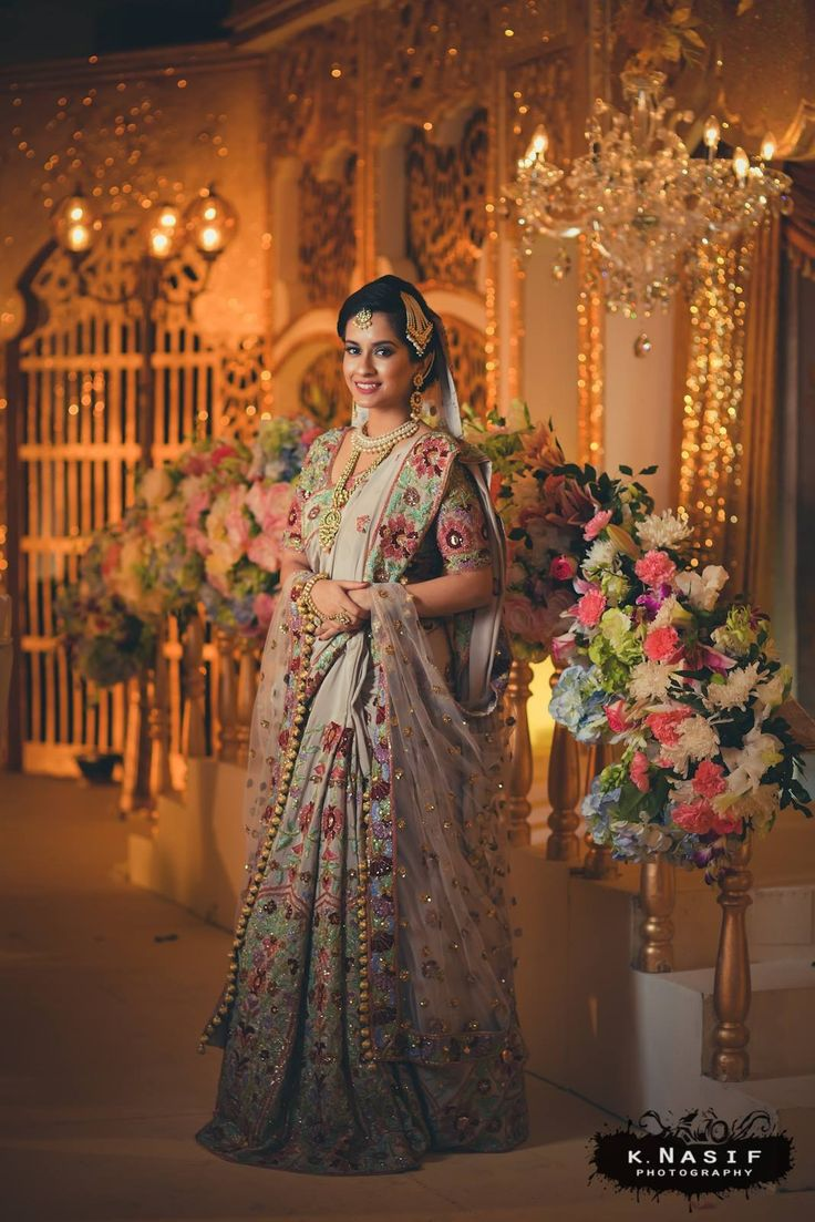 A beautiful bride in a customized Manish Malhotra handcrafted saree on her big day 😍😍