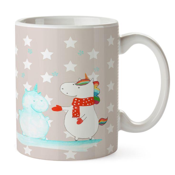 Tasse Einhorn Schneemann aus Keramik  Weiß - Das Original von Mr. & Mrs. Panda.  Eine wunderschöne spülmaschinenfeste Keramiktasse (bis zu 2000 Waschgänge!!!) aus dem Hause Mr. & Mrs. Panda, liebevoll verziert mit handentworfenen Sprüchen, Motiven und Zeichnungen. Unsere Tassen sind immer ein besonders liebevolles und einzigartiges Geschenk. Jede Tasse wird von Mrs. Panda entworfen und in liebevoller Arbeit in unserer Manufaktur in Norddeutschland gefertigt.     Über unser Motiv Einhorn…