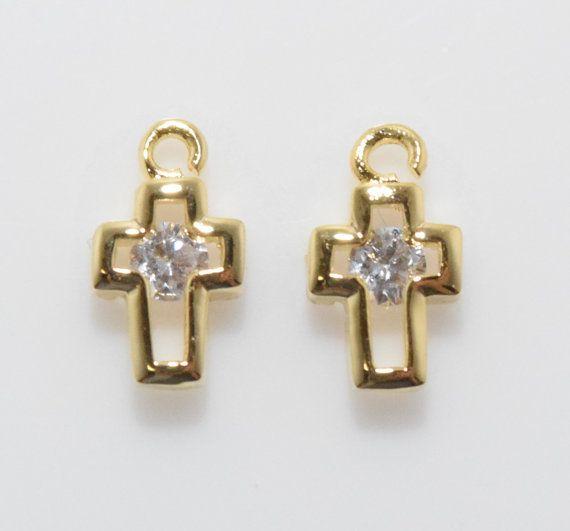 Cute Cross Cubic Pendant, Jewelry Supplies, Jewelry Making, Polished Gold - 2pcs / UT0023-PG