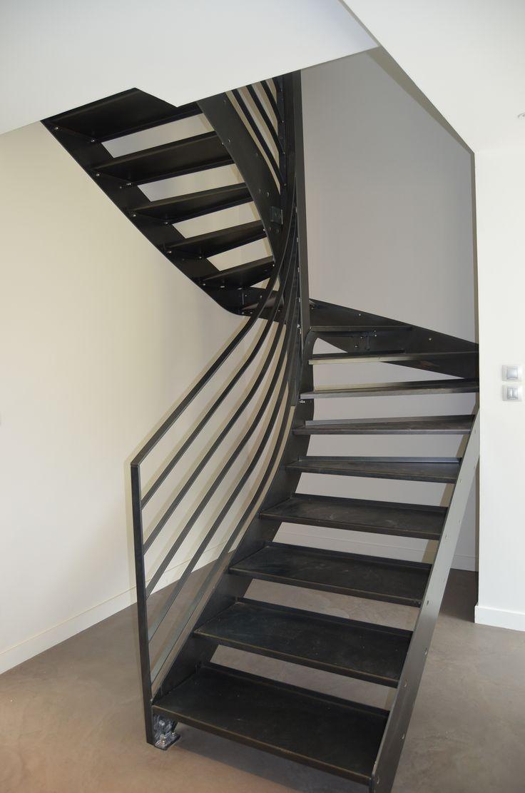 les 25 meilleures id es de la cat gorie escalier 2 4. Black Bedroom Furniture Sets. Home Design Ideas