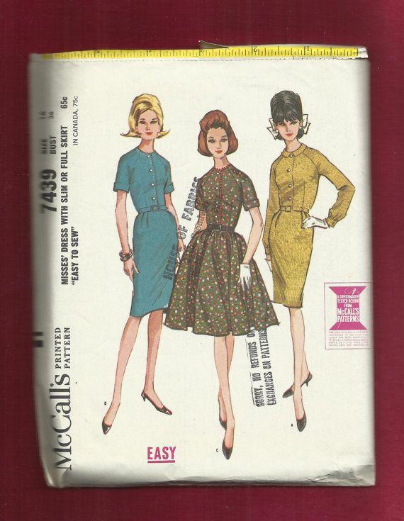 1964 McCalls 7439: Wiggle Dress