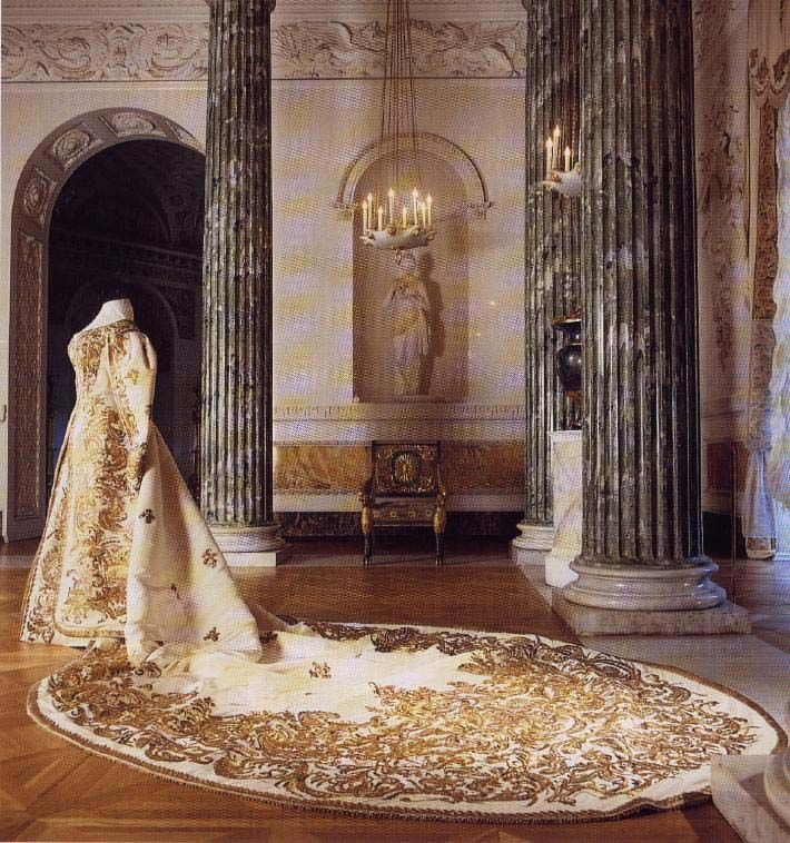 Court dress of Empress Alexandra Feodorovna showing the train.