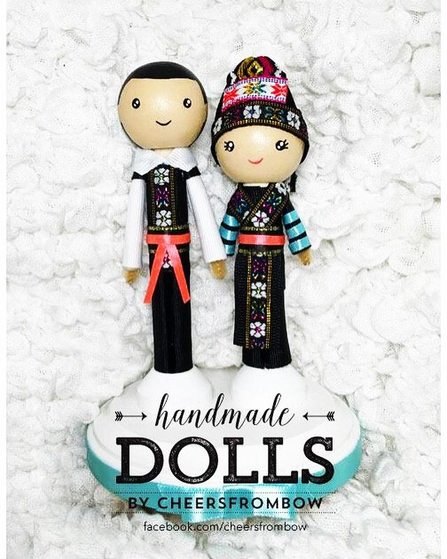 Hmong dolls #wedding #hmong #caketopper