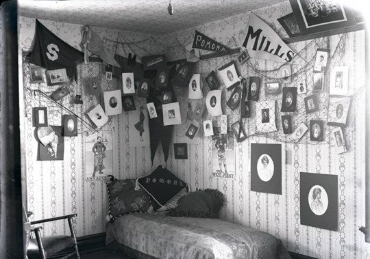 vintage dorm rooms