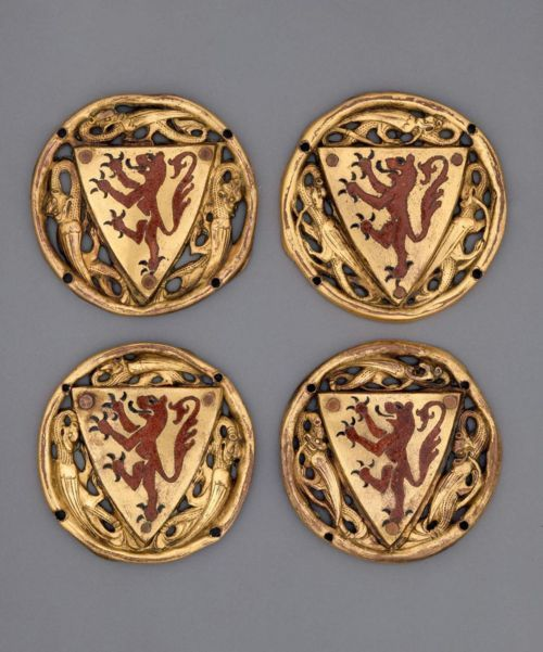 Heraldic roundels with the red rampant lion of Castille surrounded by dragons, made in Limoges, France, in the 3rd quarter of the 13th century