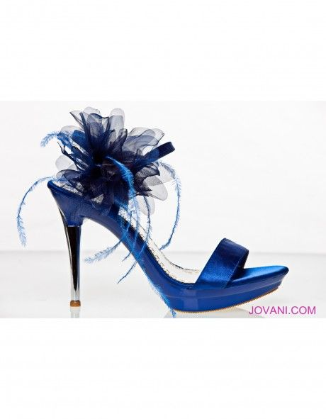 blue shoes: I M Blue, Blue Sandals, Shoes My Styl, Shoes Ideas, Blue Shoes, Bridesmaid Shoes, Something Blue, Blue Heels, Shoes Mystyl