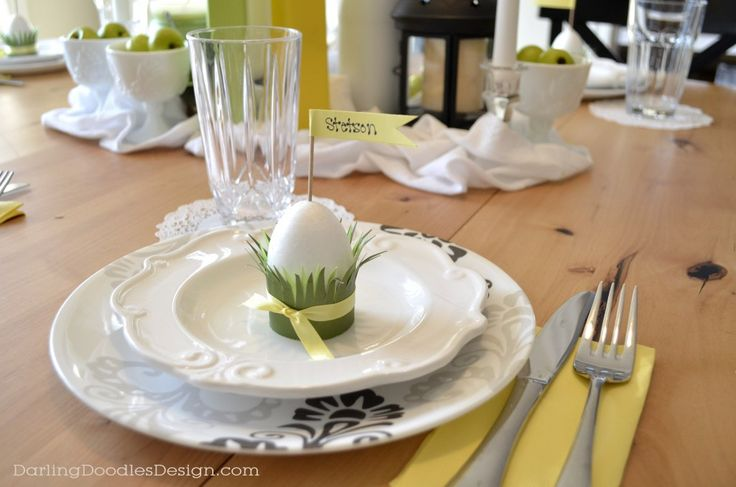 Easter Table Settings with DIY Egg Placecards