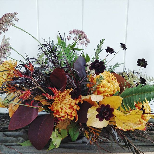 17 Best Ideas About White Floral Arrangements On Pinterest: 17 Best Ideas About Fall Floral Arrangements On Pinterest