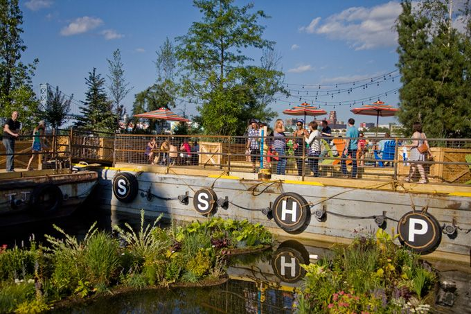 Our Guide To Spending The Summer At Spruce Street Harbor Park On The Delaware River Waterfront, Now Through August 31