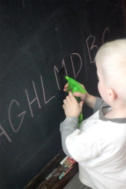 Learning letters with a squirt - the kids will love this!