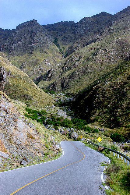 """SIERRA DE COMECHINGONES: Ruta Provincial 5, """"camino turístico"""" (Merlo, San Luis, Argentina)"""