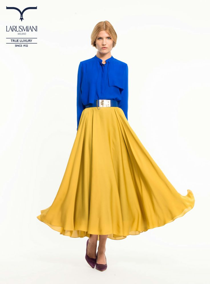 Silk blouse - Silk full skirt - Shagreen belt with jewel buckle  - www.larusmiani.it #SS2014 #women #fashion #style #larusmiani