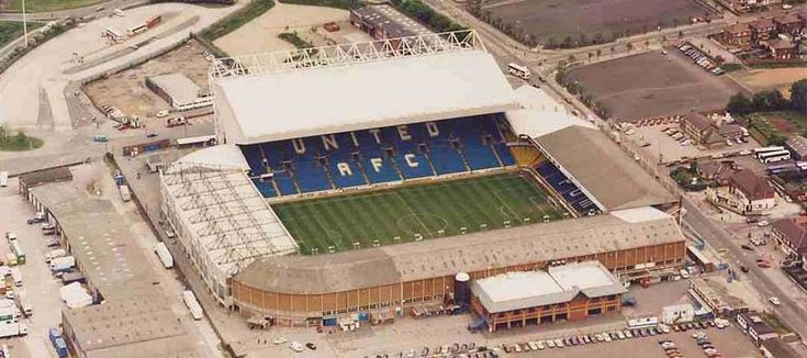 Stadium Guide for Elland Road - the home ground of Leeds United A.F.C. Fan reviews and travel information.