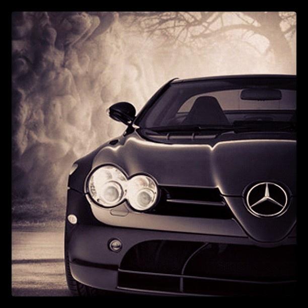 Merecedes Benz close up & personal