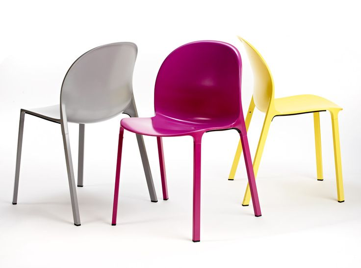 Get Out! Olivares Aluminum Chair from Knoll