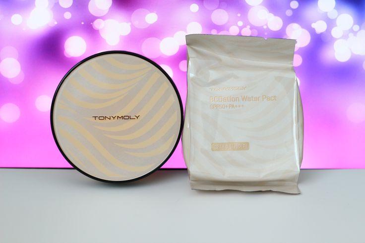 Насыщенная крем-пудра, обеспечивает безупречный макияж на 24 часа  TONYMOLY BCDation Water Pact SPF50 + PA+++
