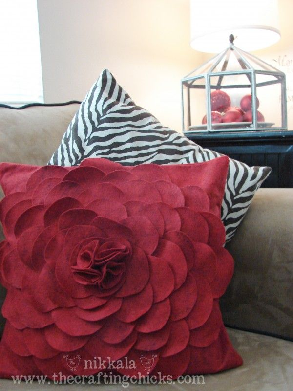 Cut petals in half circles in 3 different sizes. (30 petals of each size–for a total of 90 petals for a 16″ x 16″ pillow)