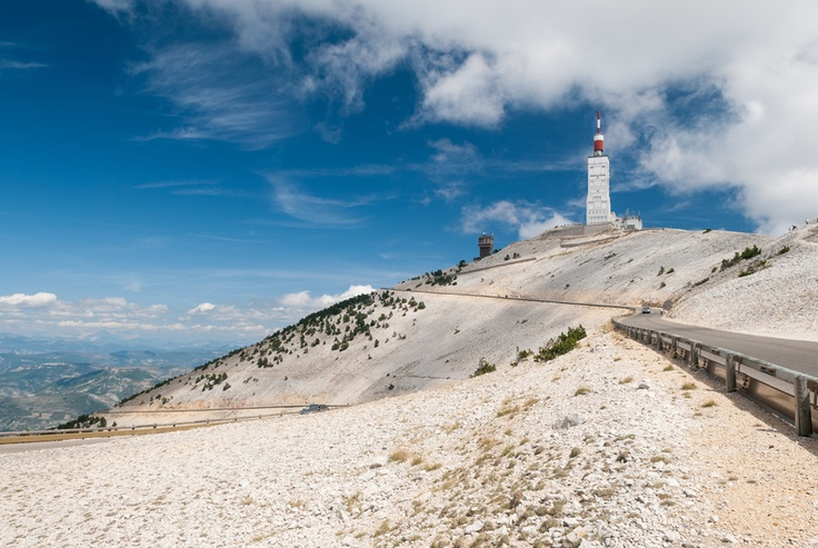 Mont Ventoux, Rhone-Alpes. For info on self-guided cycling trips in Rhone-Alps, go to www.discoverfrance.com/regions/alps-cycle-tours.php