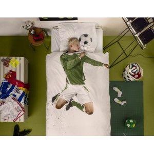 Copripiumino Calciatore verde (140x200/220 cm) di Snurk #copripiumini #camerettabambini #kidsroomdesign #kidsroom #snurk #camerettadipippi