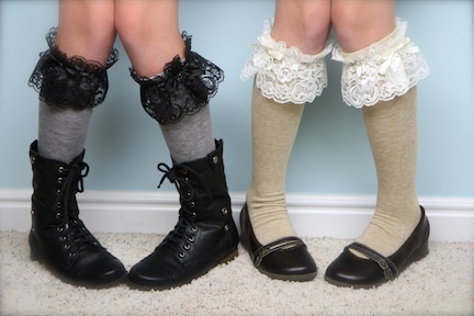Lacy knee high socks. gathered lace + hot glue on socks Show Me Cute