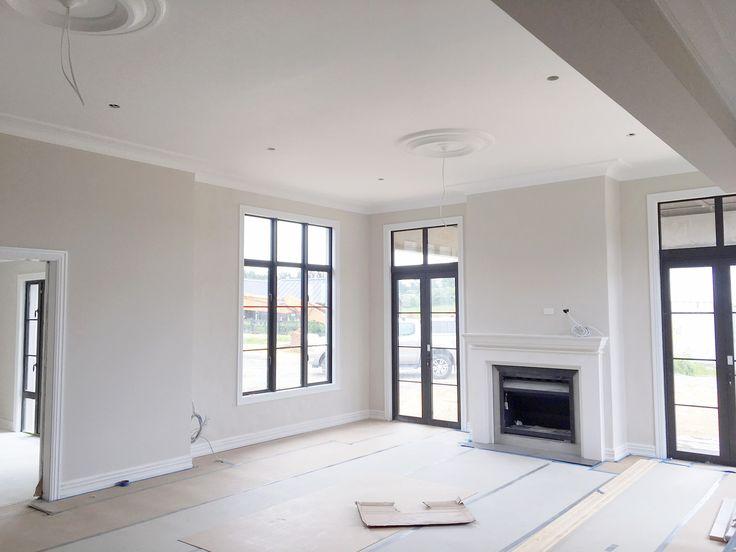 Nuevo proyecto en Nueva Zelanda Graphenstone NZ Fisher Painting Services está realizando la aplicación de pinturas Graphenstone en esta nueva casa en Auckland, Nueva Zelanda. Para los recubrimientos exteriores ha utilizado la pintura GCS Exterior y los morteros ecológicos Graphenstone. Las paredes interiores han sido pintadas con GCS Interior y los techos con Ecosphere. Ahora esta casa absorbe CO2 y es 100% saludable.  Descubre más información en www.sta.cr/2VIy1 y  ¡Convierte tu casa en un…