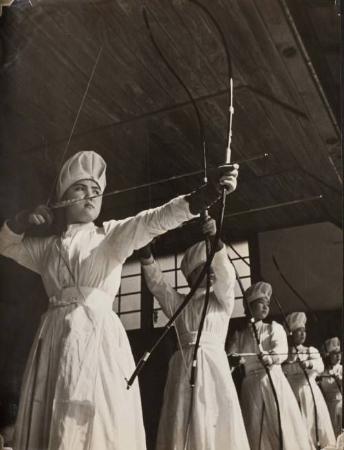 Japanese nurses during the session of wartime training, c.1937.
