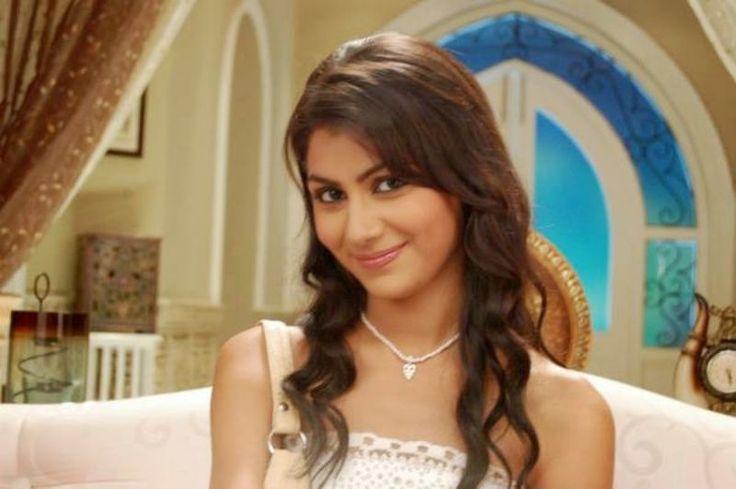 OMG! 'Kumkum Bhagya' actress Sriti Jha cheated her bf Harshad