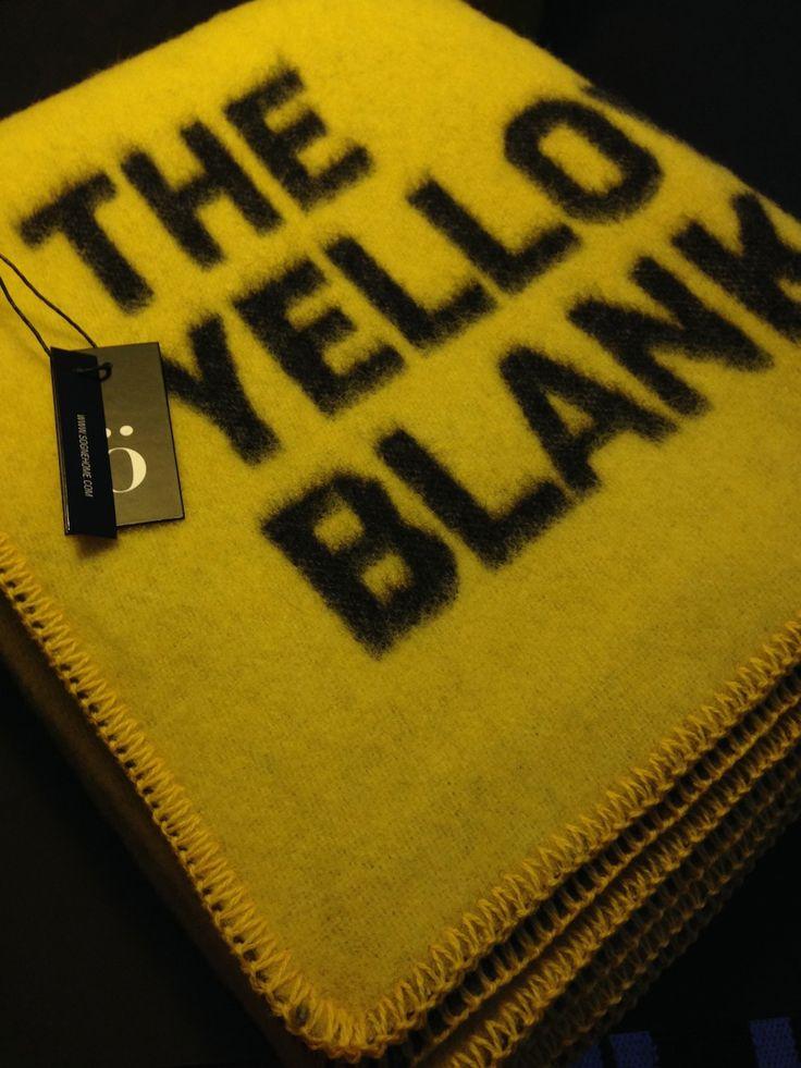 "Finfint pledd i 100 % ull ""The yellow blanket"""