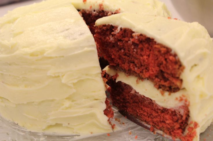 This is a red velvet as it should be, moist, fluffy and topped with copious amounts of smooth and scrumptious icing. Bake at your own risk #auberginearound #redvelvet #icing #yum  http://auberginearound.wordpress.com/2014/11/18/red-velvet-cake/