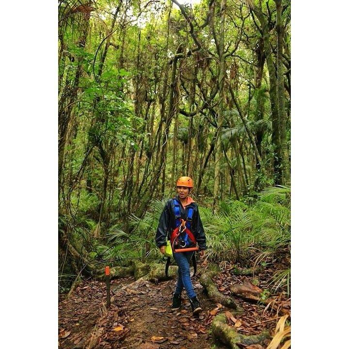 Mau merasakan serunya petualangan alam New Zealand seperti Marischka Prudence? Yuk, liburan ke New Zealand dengan paket promo promo mulai dari US$1728*. http://www.luxurynz.co.id/VIP-Itineraries.html   #traveling #liburan #promo #luxurynz #murah #liburanmurah #newzealand #luxurynz #nature #awesome #enjoy #instagood #photooftheday #picoftheday #beautiful #sweet #bestoftheday #instamood #instalike #amazing #vacation