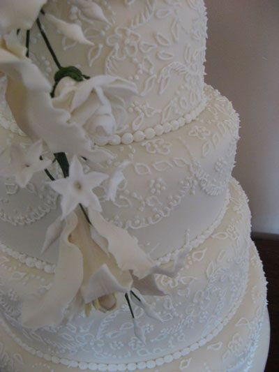 wedding cake with lace pattern 1000 images about lace patterns on cakes on 26915