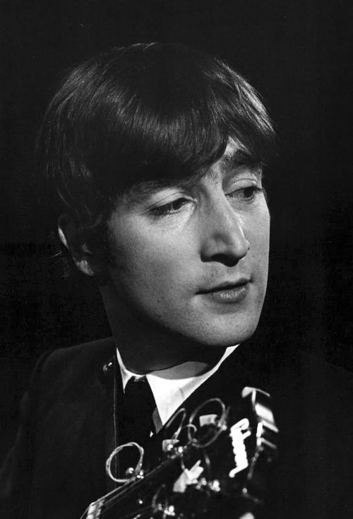"John Lennon: ""3 Sugars please"""