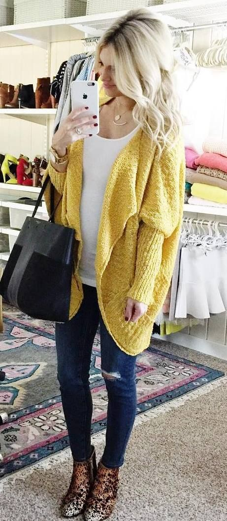 fall outfit : yellow cardigan + top + bag + rips + boots