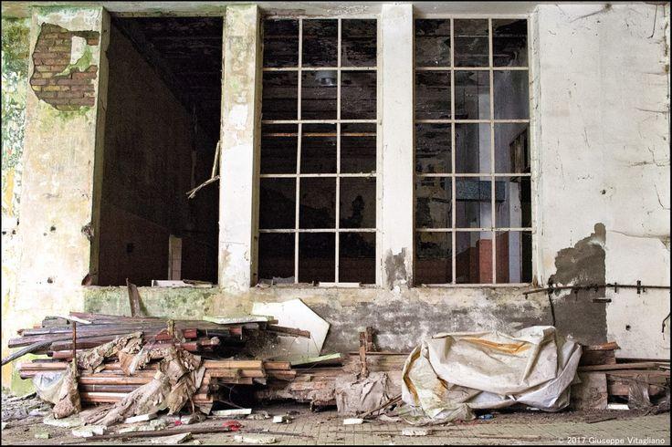 An old abandoned aeroplane components factory in Italy of the Fascist Era.  #myshot #abandoned #urbanexplorer #ghosttown #canon #reflex #droneforgood #abandonedplaces#beautifuldecayofabandonedplaces #instatravel#urbex #filming #aerialphotography #photooftheday #decay #travel #travelgram #castles #dronesdaily #exploring #forgotten #derelict #dji #drones #dronestagram #photogram #phantom4 #dronelife #lostplaces #djiglobal @ig_abandoned @djiglobal @natgeo @canon_owners  @urbex_supreme…