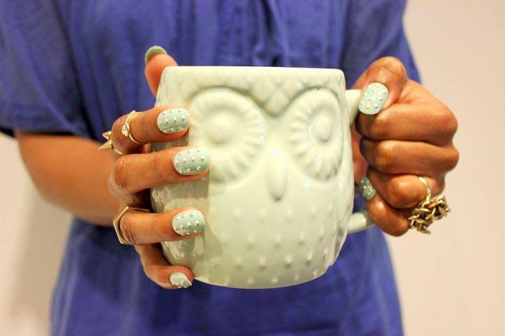 New nail selfie trend: MUGS + Manicure-Moda Motto #nailart #nails #manicure #creative #oje