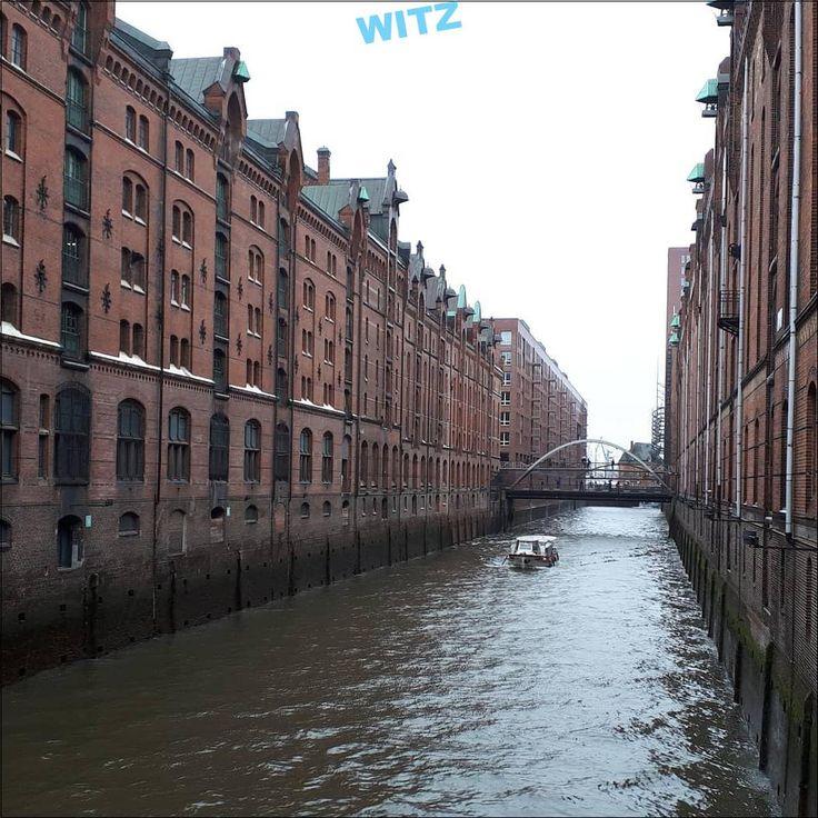 Hambourg sous la pluie eau de bourdon … – #ausflug #buildings …